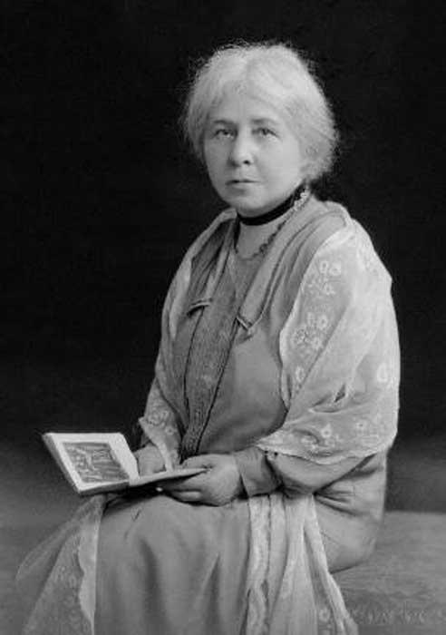 Margaret Alice Murray, 1928.