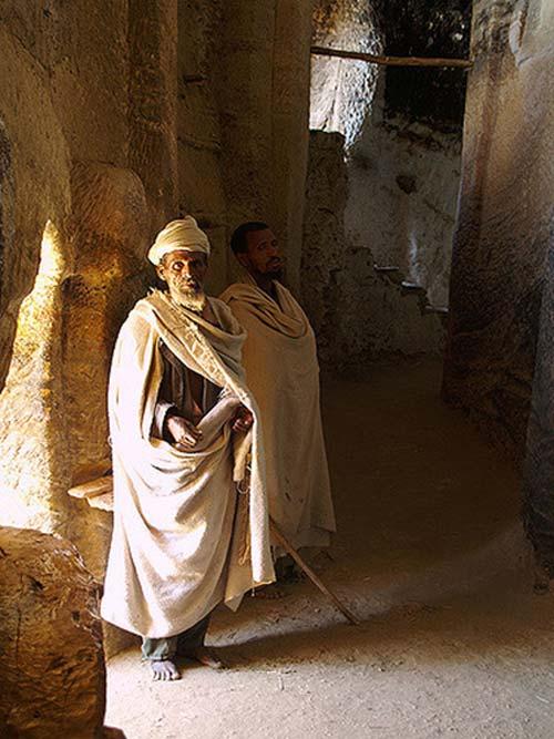 Medhane Alem Kesho cave church, Tigray