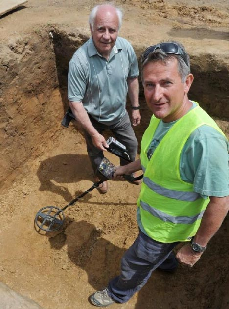 Metal detectorists Reg Mead, left, and Richard Miles, right, who found the Celtic coin hoard at the excavation site. (Jersey Heritage)