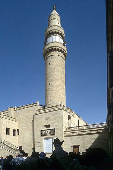 Minaret of the Mosque of the Prophet Yunus, Nineveh, Mosul in 1999.