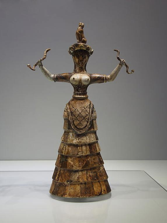 Minoan snake goddess or priestess wearing an apodesmos. It has been suggested the reasoning for an apodesmos was to enhance the breasts (and therefore fertility).
