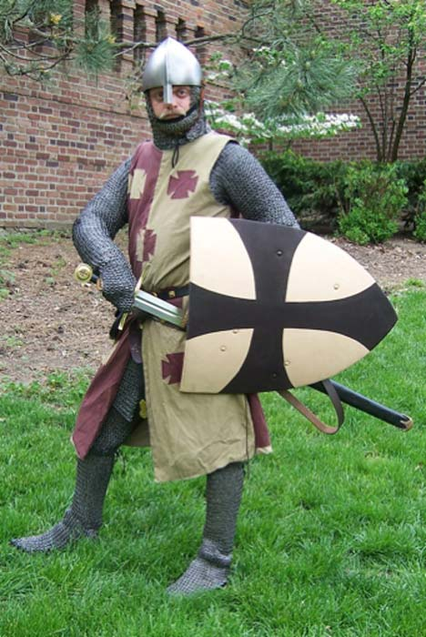 Modern representation of a Norman knight. (One lucky guy/CC BY NC SA 2.0)