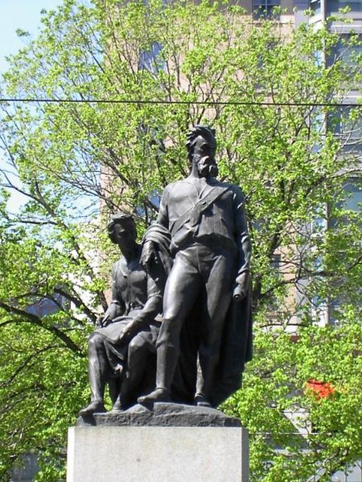 Monument to Burke and Wills in Melbourne by Charles Summers. Created 1862-1865, erected March 30, 1865, unveiled April 21, 1865. (Public Domain)
