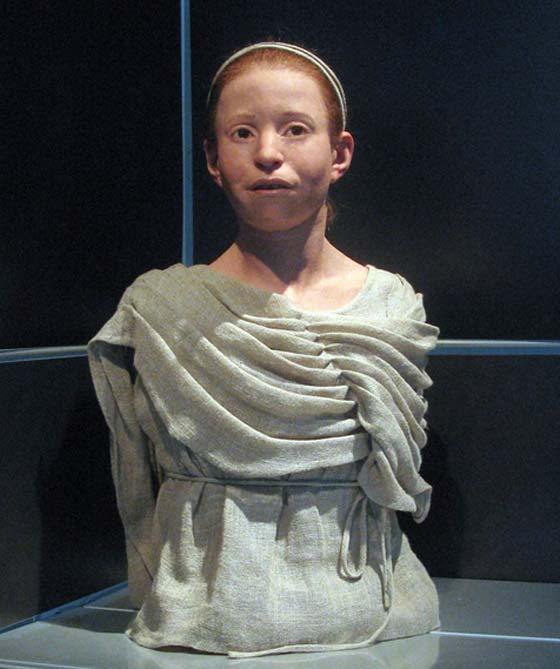Myrtis' reconstructed appearance, National Archaeological Museum of Athens.