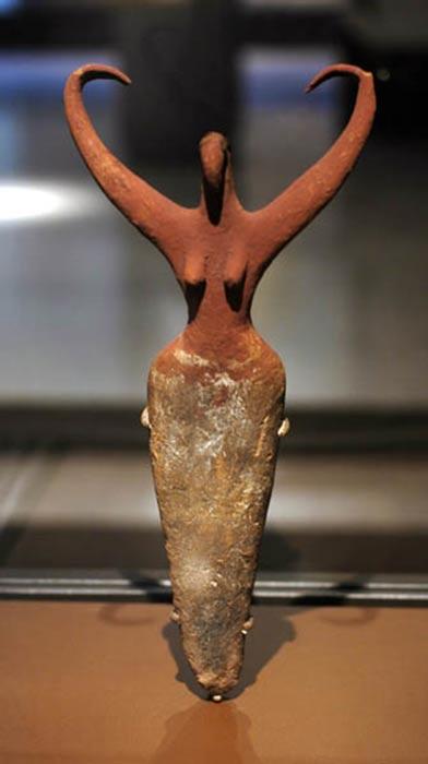 "Naganda ""Bird Lady"", Egyptian Predynastic Naganda IIa c. 3500-3400 BCE. Brooklyn Museum."