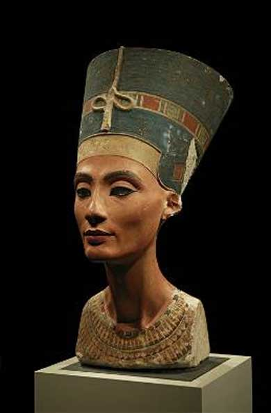 Nefertiti with red lips. Bust in Neues Museum, Berlin.