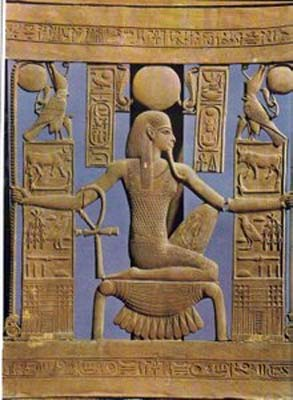 Note the sign of the Ankh hanging from his arm, shouting out that he is alive. (Author provided)