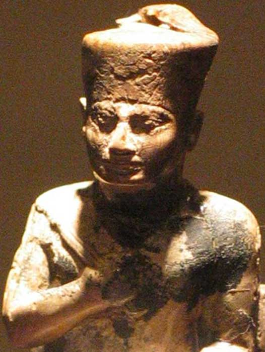 Statue of Pharaoh Khufu (Cheops) in the Cairo Museum