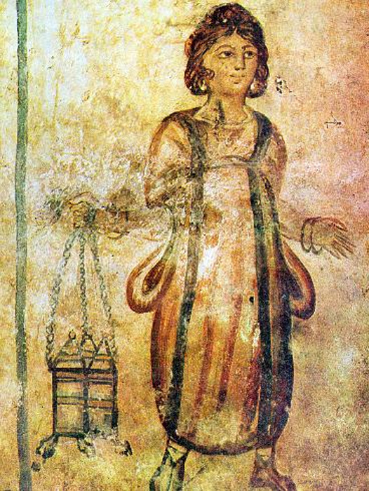 It was a Roman servant who said she could reveal the cause of the mass deaths of high-ranking officials. Fresco of a servant in the Roman Tomb of Silistra in northeastern Bulgaria