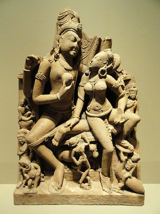 Shiva and Parvati, Gurjara-Pratihara Dynasty of Kannauj, Uttar Pradesh, India, 9th to early 10th century - Nelson-Atkins Museum of Art. (CC0)