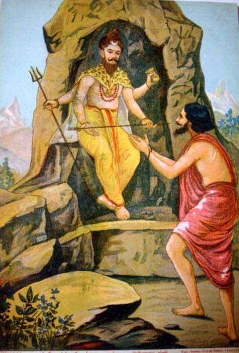 Shiva gives the Pashupatastra to Arjuna