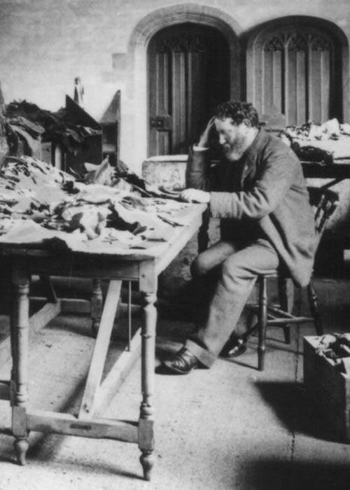 Solomon Schechter at work in Cambridge University Library, 1898.
