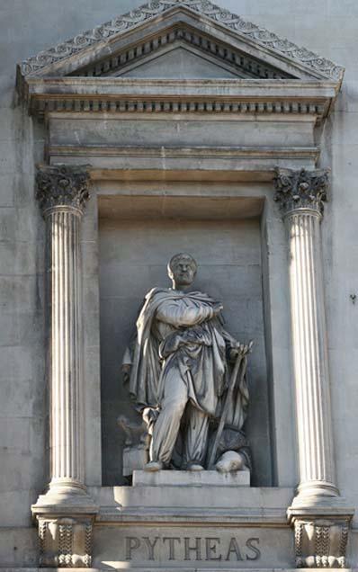 Statue of Pytheas outside the Palais de la Bourse, Marseilles. (CC BY-SA 3.0)