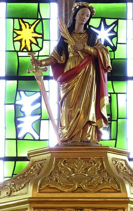 Statue of Santa Columba.