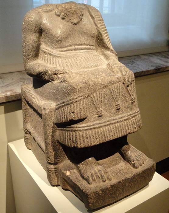Statue of seated ruler from ancient Ebla. (Daderot / Public Domain)