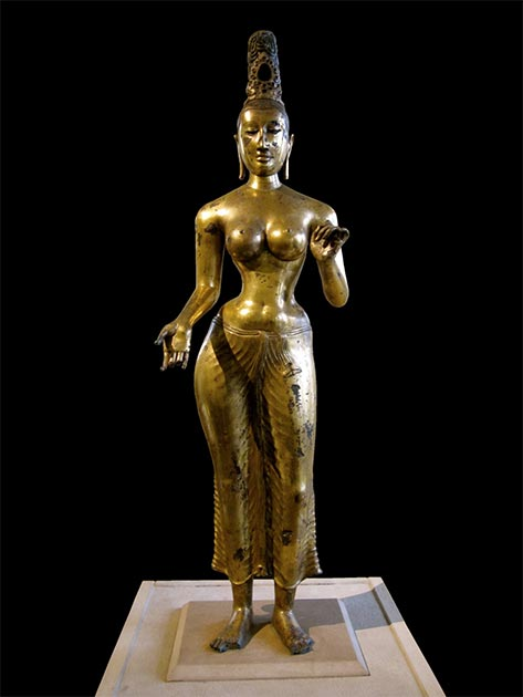 This 8th century, gilded bronze, Bodhisattva Tara was found on the east coast of Sri Lanka and is evidence of Buddhism during the Anuradhapura period. (Gryffindor / CC BY-SA 3.0)