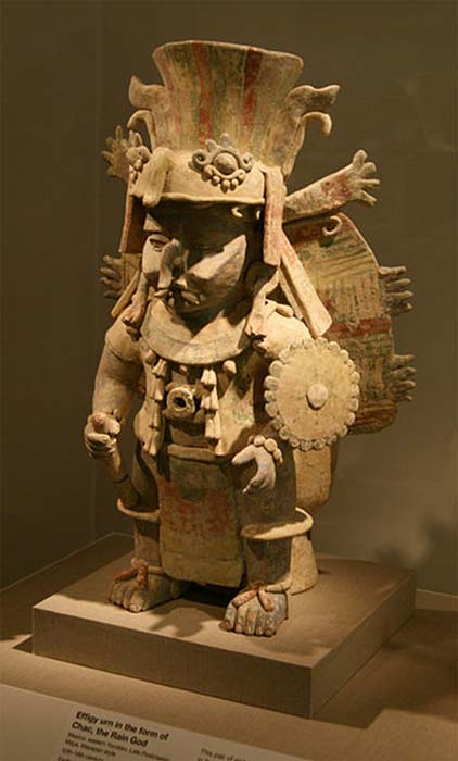 Terra cotta statue of Chak - Maya god of rain also the Maya god of war at San Francisco's deYoung museum. (Leonard G. / Public Domain)