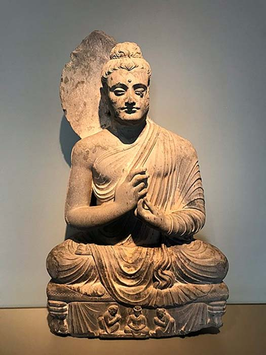 The Seated Buddha, dating from 300 to 500 CE, was found near Jamal Garhi. (Willard84 / CC BY-SA 4.0)