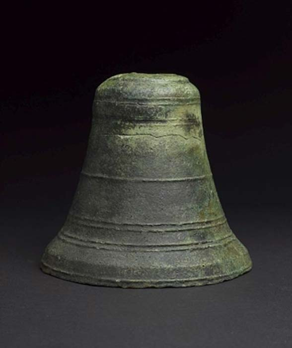 The bronze ship's bell has now been confirmed the World's oldest. (Oman's Ministry of Heritage & Culture (MHC) and Blue Water Recoveries Ltd )