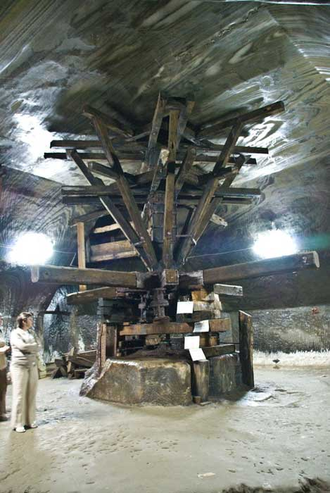 The crivac is one of the main points of interest in the salt mine.