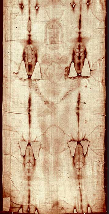 The front side image of a man evident on the shroud with what might be blood traces on the wrist and in the side. (Public Domain)