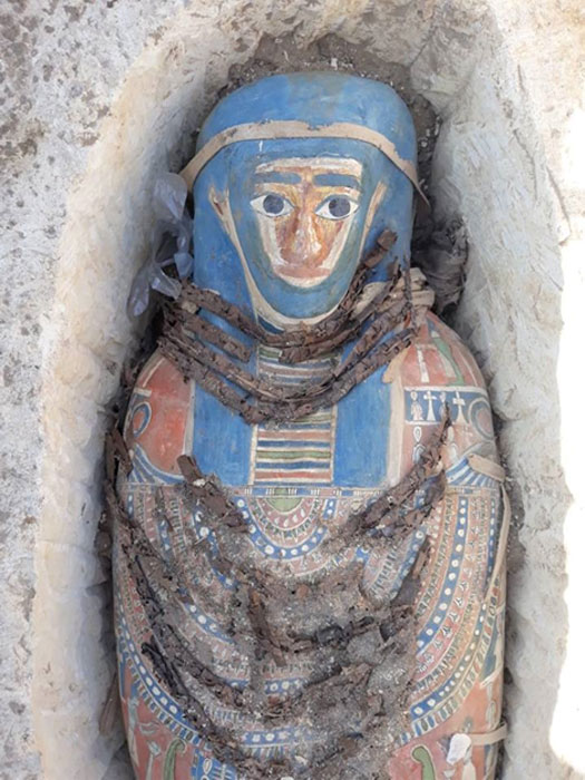 These Late Period burials were found amidst a much older burial ground. (Ministry of Antiquities)