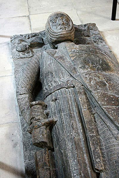 Tomb effigy of William Marshal in Temple Church, London.