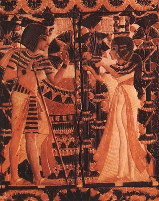 Tutankhamun receives flowers from Ankhesenpaaten as a sign of love.