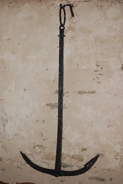 A Viking anchor (9th century) discovered in Loire Atlantique, France