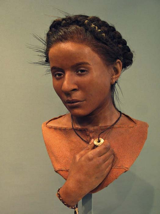 Neolithic 'Whitehawk woman' at the Reconstruction Exhibition. (Royal Pavilion & Museums; Brighton & Hove)