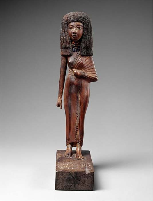 Wood Gilded Statue of Lady Tiye, mother of Amenhotep III–Akhenaten, Egypt ca. 1390-1352 BC. Amarna Period.