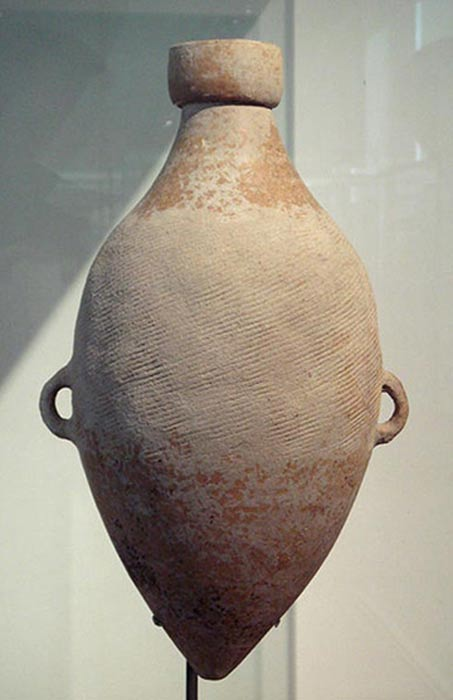 Yangshao hemp cord-marked amphora, 4800 BC, Shaanxi