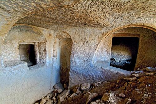 Ta'Bistra Catacombs - Malta