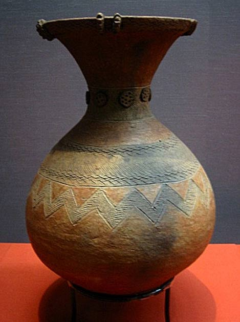 A ceramic jar from the Yayoi period.