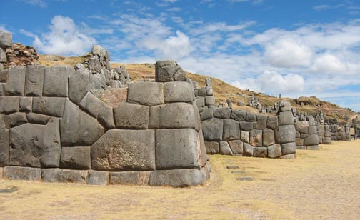 Cyclopean polygonal masonry at Sacsayhuamán in Peru