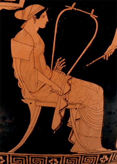 A depiction of in a Greek women's quarters of a house, on a classical Greek vase. (Public domain)