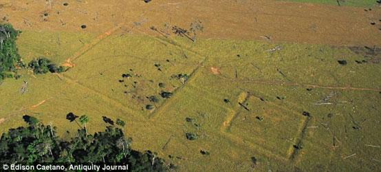 Aerial photograph of ditches at Fazenda Parana