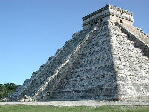 El Castillo - Equinox