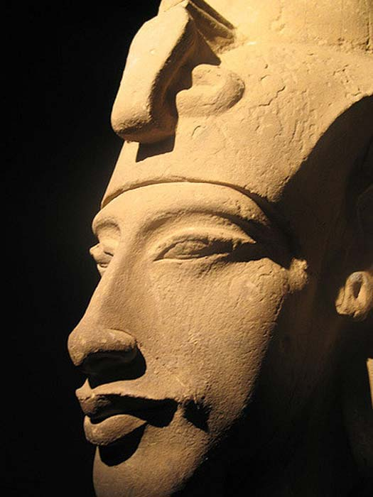 The exaggerated features of Akhenaton