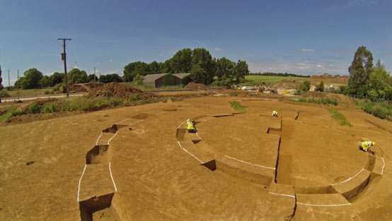 Archaeologists excavating the inner ring of the newly-discovered Henge in Kent