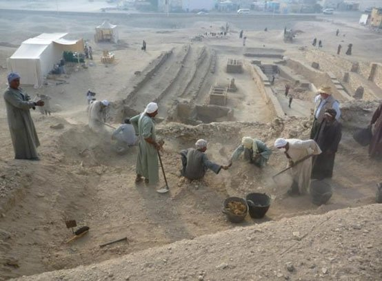 Excavation - Dra Abu el-Naga necropolis
