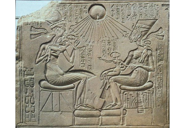 egypt and mesopotamia 5 essay Egypt and mesopotamia although the egyptian and mesopotamian civilizations paved the way modern civilizations, they have more differences that are illustrated in the areas of military, agriculture & society, and government types.