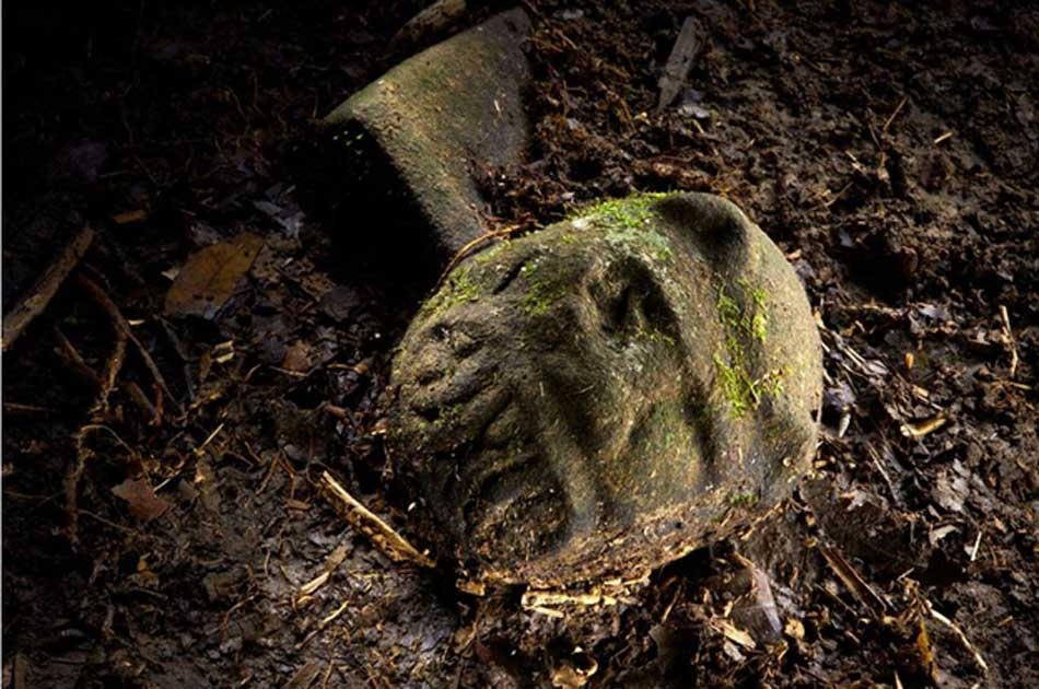 Explorers that found ancient lost city of the monkey god almost lose explorers that found ancient lost city of the monkey god almost lose their faces to flesh publicscrutiny Gallery