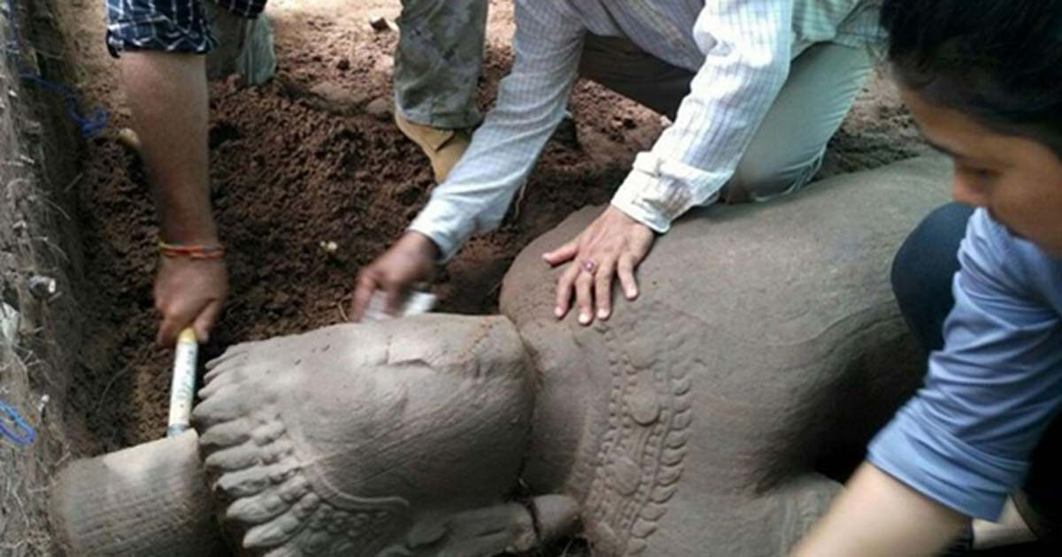 The archaeology team were delighted to find the large statue. (Image: Apsara Authority)