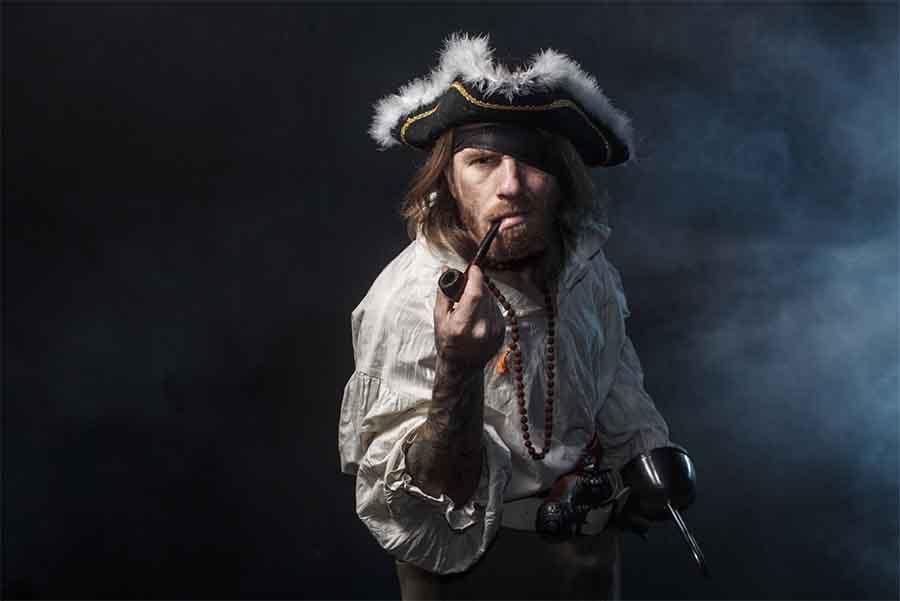 Benjamin Hornigold and the Republic of Pirates