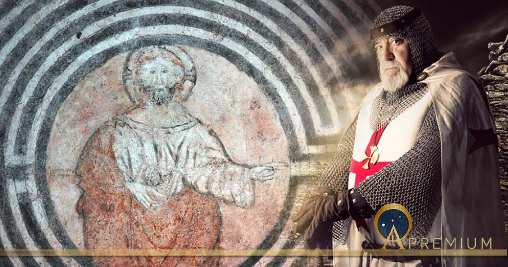 Christ in the Labyrinth (Image © Giancarlo Pavat) and Knights Templar deriv (Luis Louro / Adobe Stock)