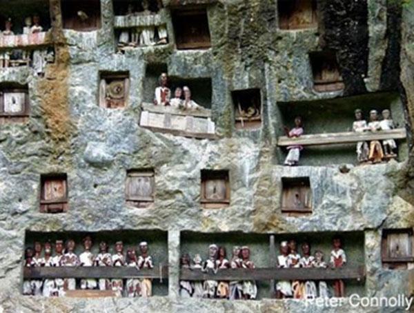 Cliffside tombs of the Tana Toraja