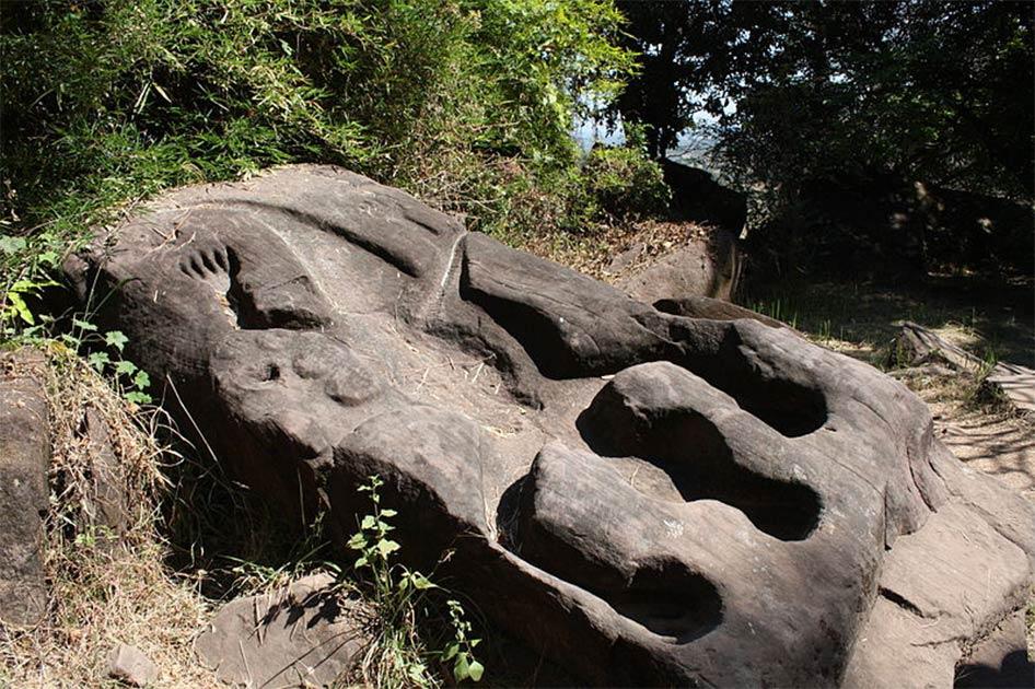 The Crocodile Stone of Vat Phou Temple, Laos. Photo source: Mattun0211 / CC0