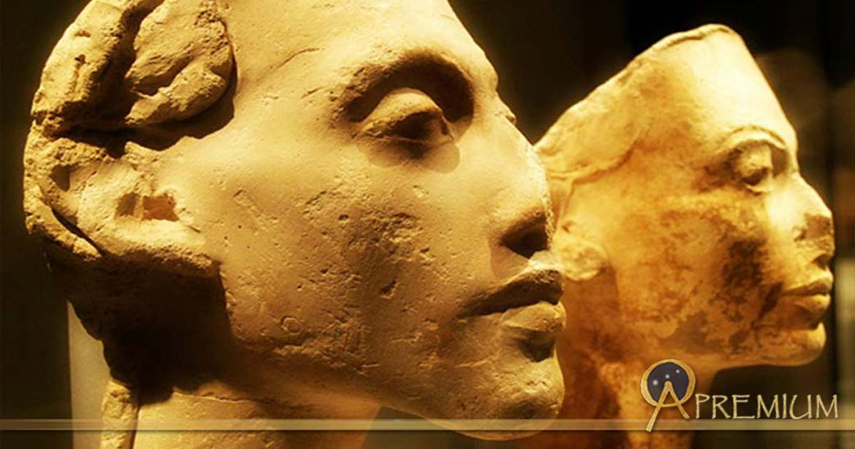 : Portraits of Akhenaten and Nefertiti from the workshop of Thutmose, the royal sculptor. Tell el-Amarna. Neues Museum, Berlin. (Photo: Heidi Kontkanen)