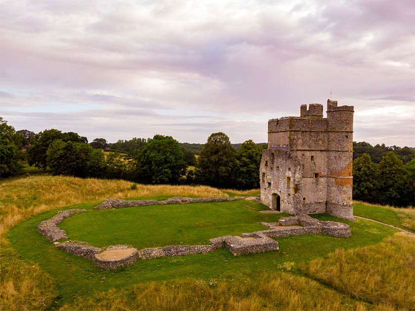 Donnington Castle near Newbury in West Berkshire   Source: Piotr / Adobe Stock